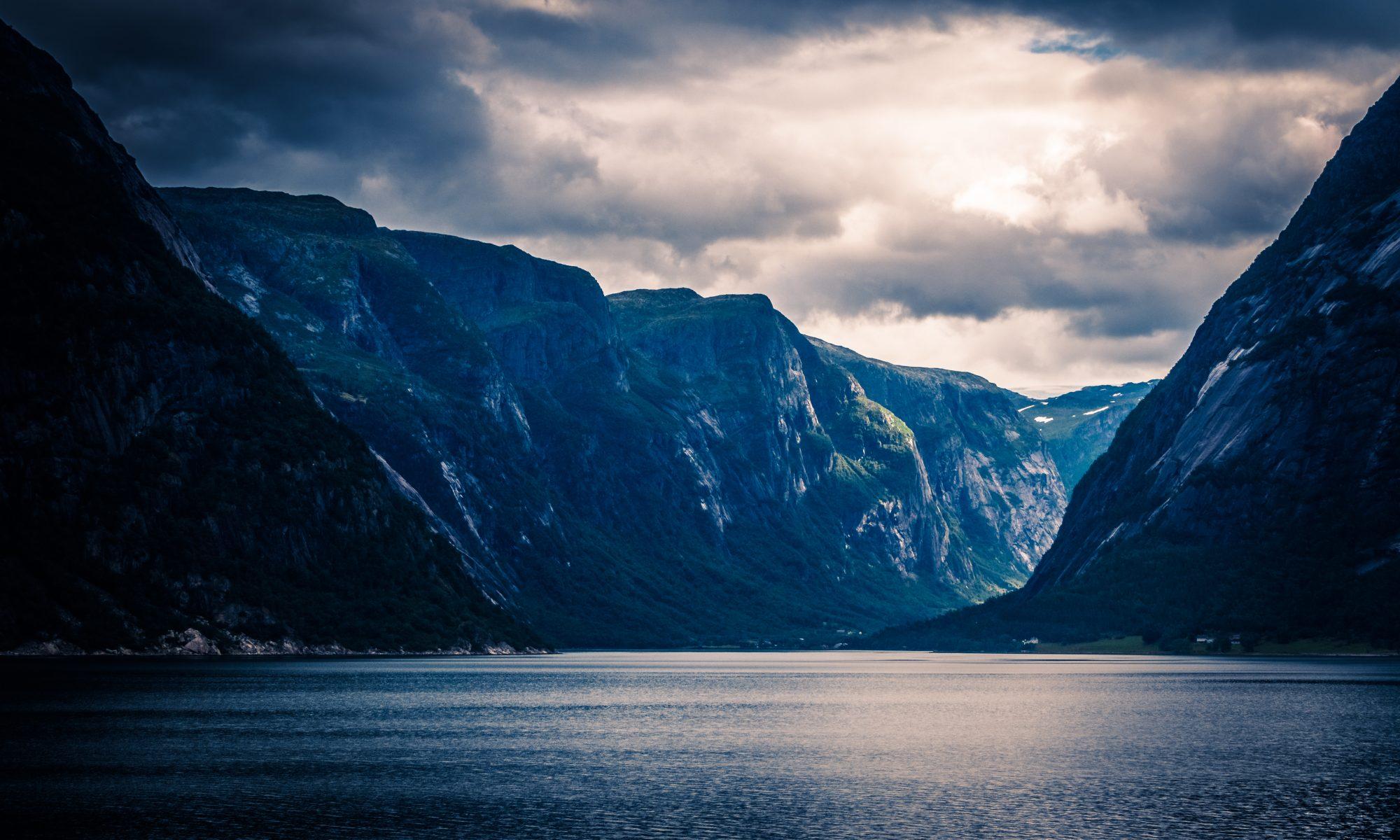 Et vanlig syn for sjåfører fra Aurmo som ordner frakt i Norge